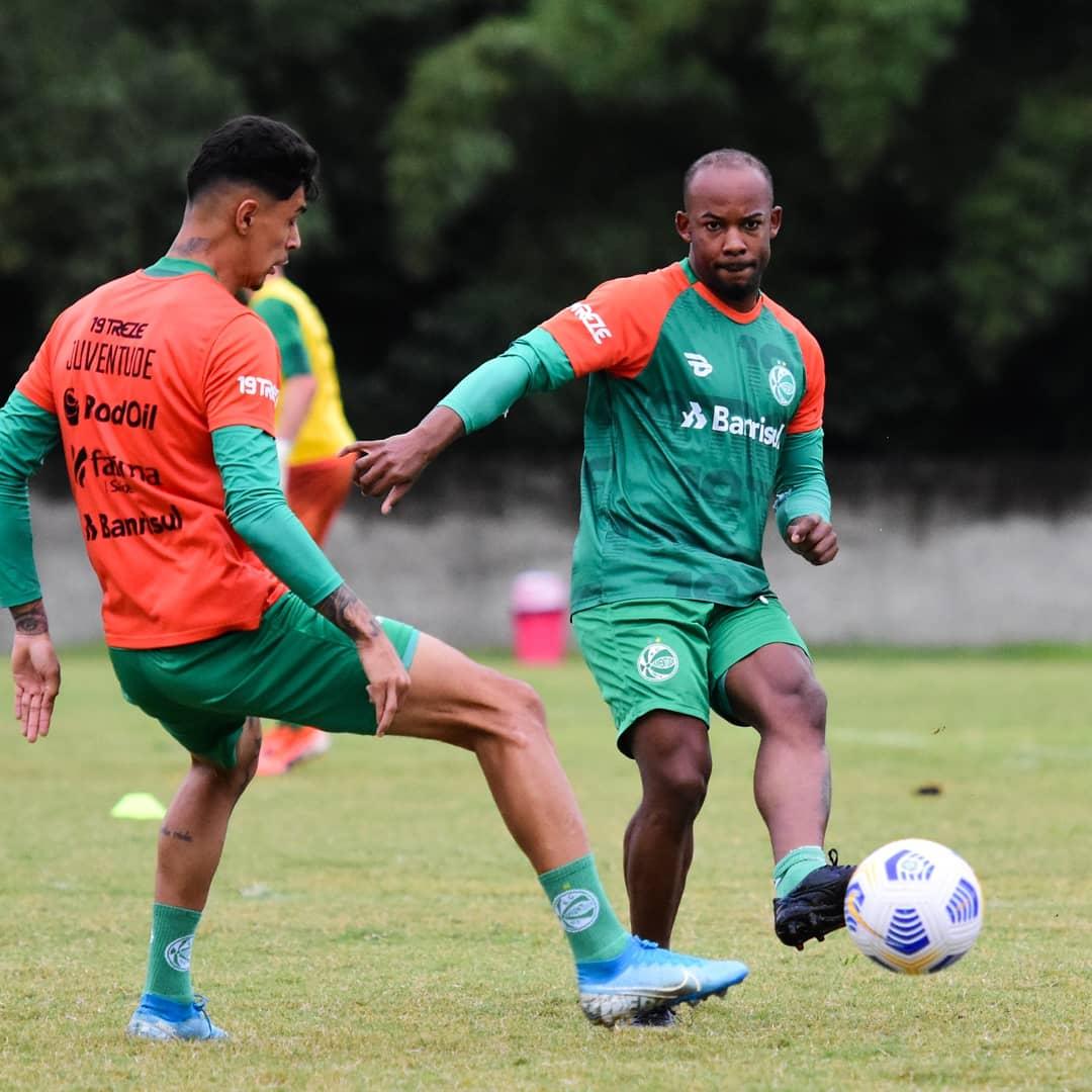 Ju enfrenta o Bahia em Salvador pelo Brasileirão